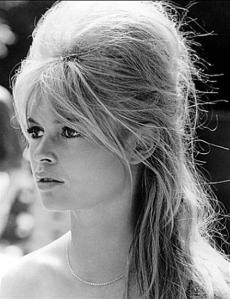 Girl-hair-bardot (Medium)